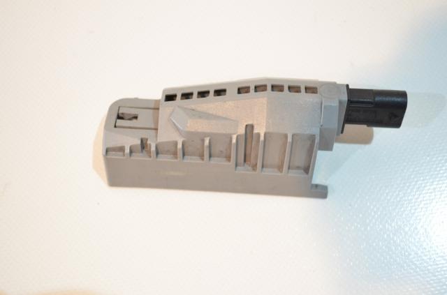 Mercedes A2128210251 - sensor engine hood latch - ELICAR KG